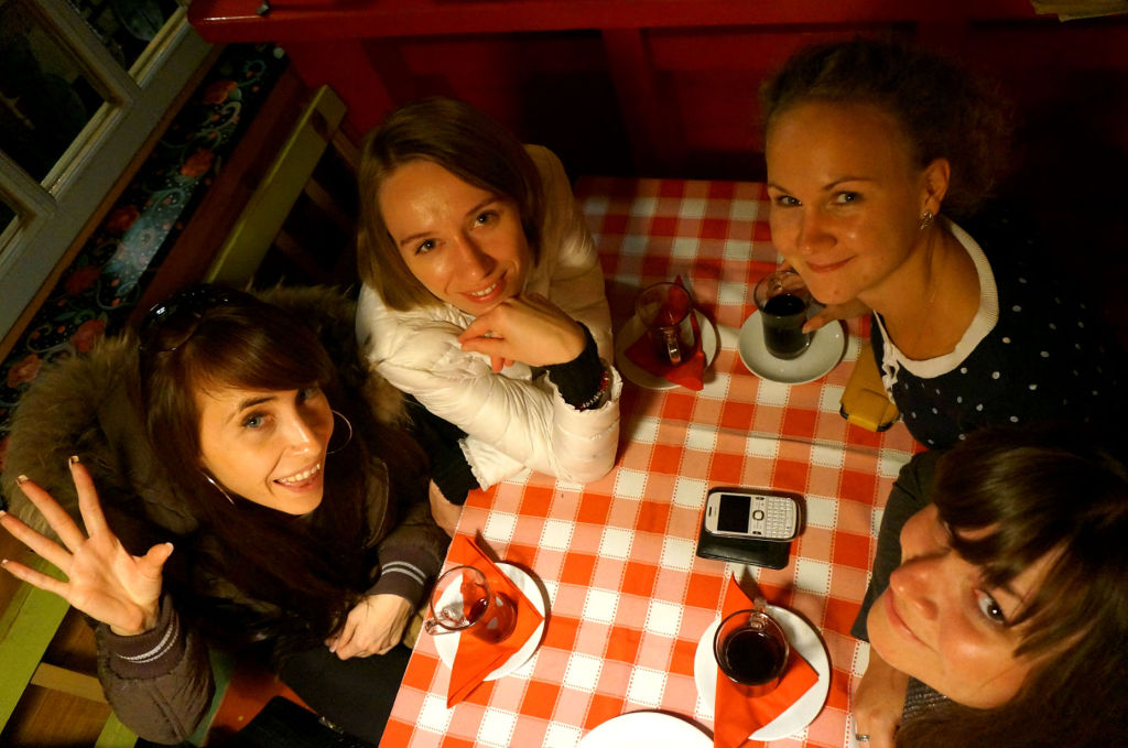 "На фото слева направо: Елизавета Зотова (""ВЛП""), Анастасия Мазанченко (""ВЛП""), Ирина Репина (Holiday.by), Екатерина Латушкина (""Турлюкс"")"