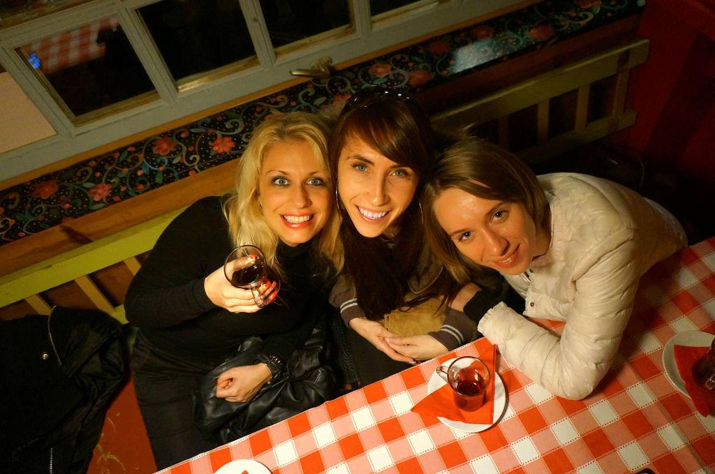"На фото слева направо: Ивана Маниташевич (MK Mountain Resort), Елизавета Зотова, (""ВЛП""),  Анастасия Мазанченко (""ВЛП"")"