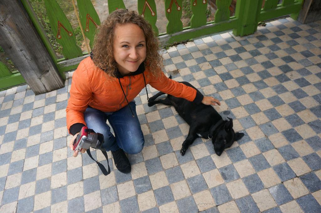 Равнодушных у таким добрым псам, конечно, найти сложно;) На фото Ирина Репина