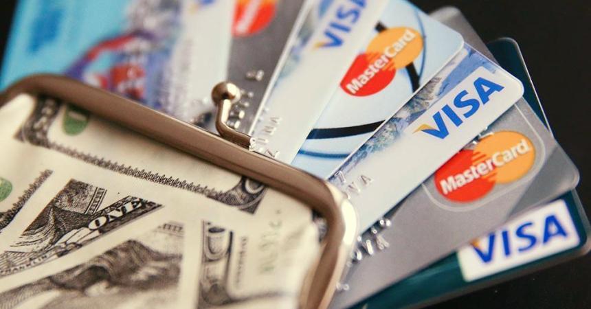 Турфирмам разрешили принимать валюту от иностранцев по безналу