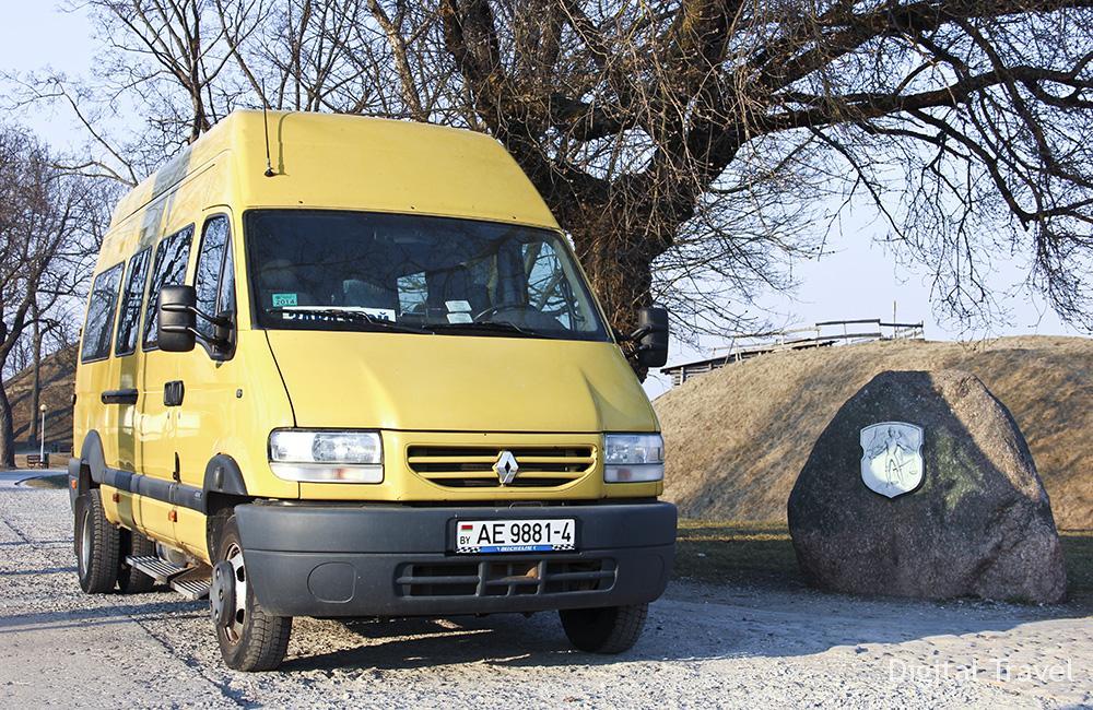 9.Renault Mascott AE 9881-4