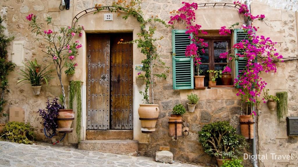 houses-beautiful-front-door-house-mallorca-flowers-pots-window-facade-provence-buildings-stoop-hd-desktop