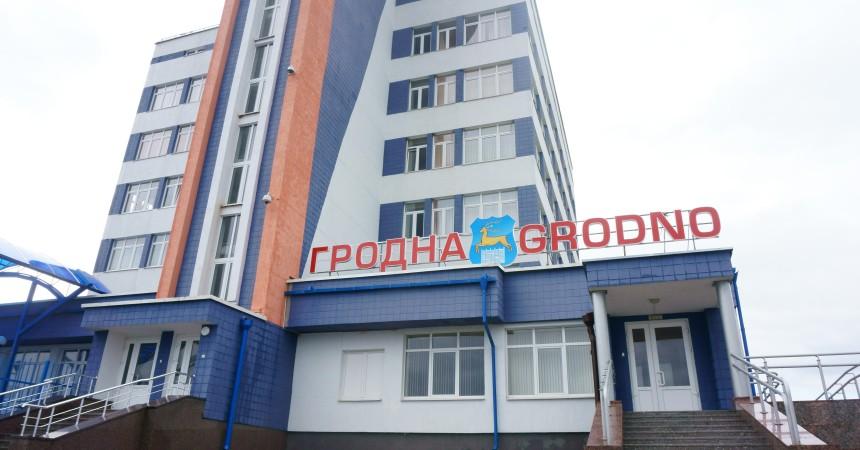 Из аэропорта «Гродно» вылетели первые в летнем сезоне самолеты на Калининград и Болгарию