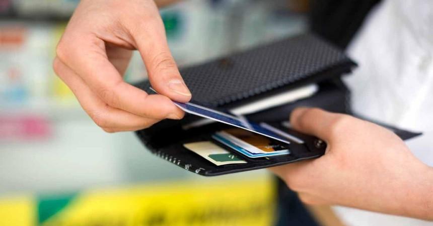 Предупредите туристов! Банковские карточки в период деноминации могут не работать за рубежом