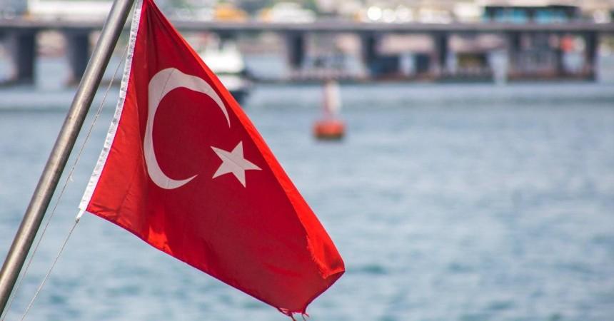 Туроператоры назвали даты первых чартеров из России в Турцию