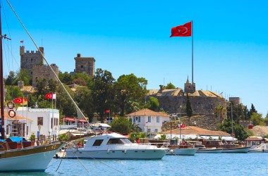 Возле курортов Турции и Греции произошло землетрясение. Есть жертвы