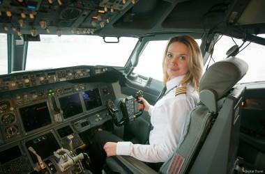 В авиакомпании «Белавиа» появилась первая женщина-пилот