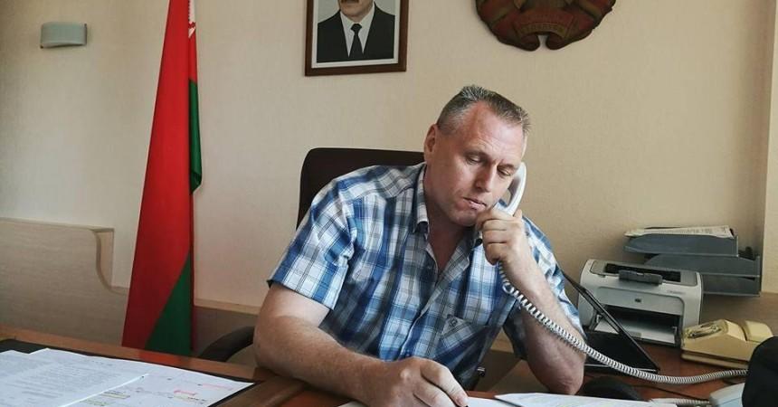 Замминистра спорта и туризма Михаил Портной рекомендовал пограничникам улыбаться и выучить английский